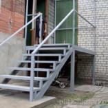 Входная лестница в дом