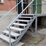 Элегантная легкая лестница