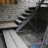 Лестница в коридор