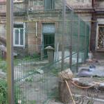 Забор из сварной сетки вокруг двора