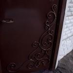 «Позолоченный» узор на калитке