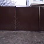 Готовые ворота с кованым узором