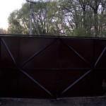 Железные ворота изнутри