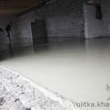 Разравнивание бетона правилом