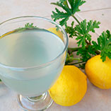 Приготовление лимонада с душистой геранью