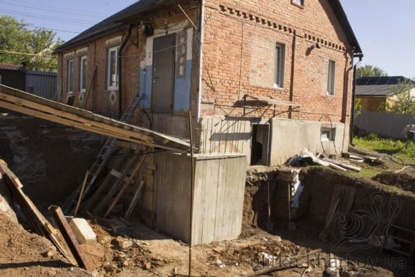 Замена фундамента дома